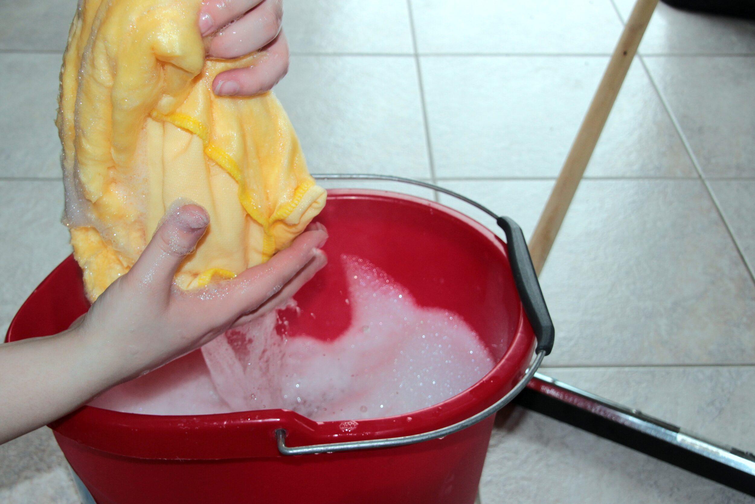 Putz bucket 1290940